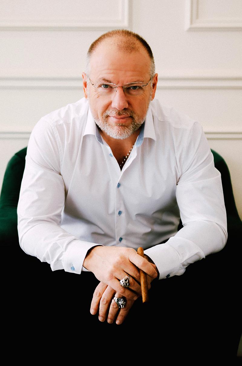 Mark Edward Davis